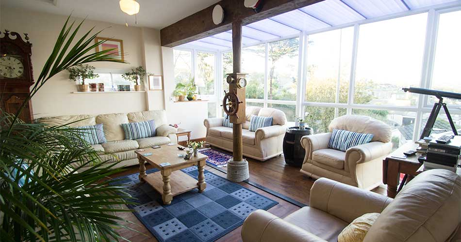The Crow's Nest - guest lounge at Panorama Guest House, Newlyn
